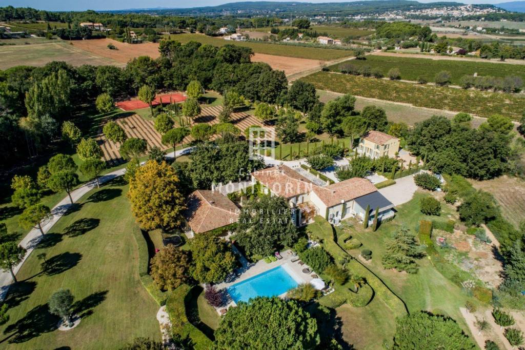 Sale Property Aix-en-Provence Les Platanes